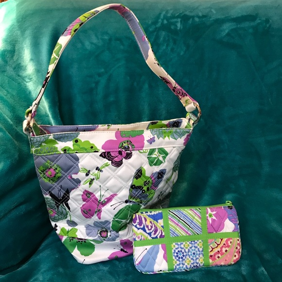 Vera Bradley Handbags - Vera Bradley Limited Edition Butterfly Purse+👛